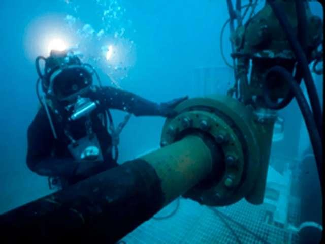 Wizja nurkowania z przed 30 lat.   - full image