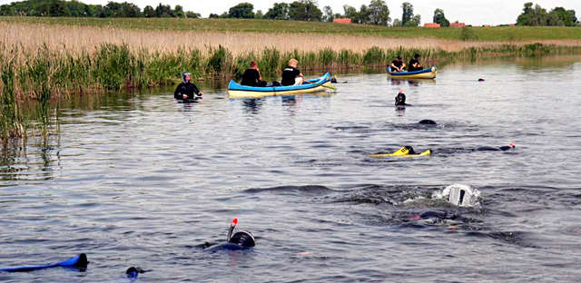V Strażacka Akcja Sprzątania Rzeki Krutyni - full image