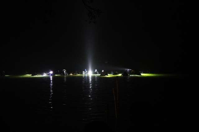 Olsztyn – stolica Polski w nurkowaniu nocnym - full image