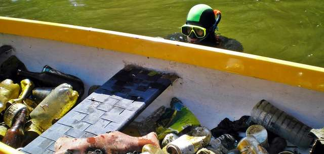 Jak zorganizować podwodne sprzątanie? - full image