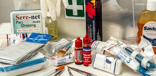 Leki i środki higieny - full image